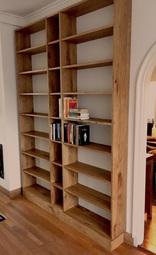 2016: Boekenkast (eikenhout)